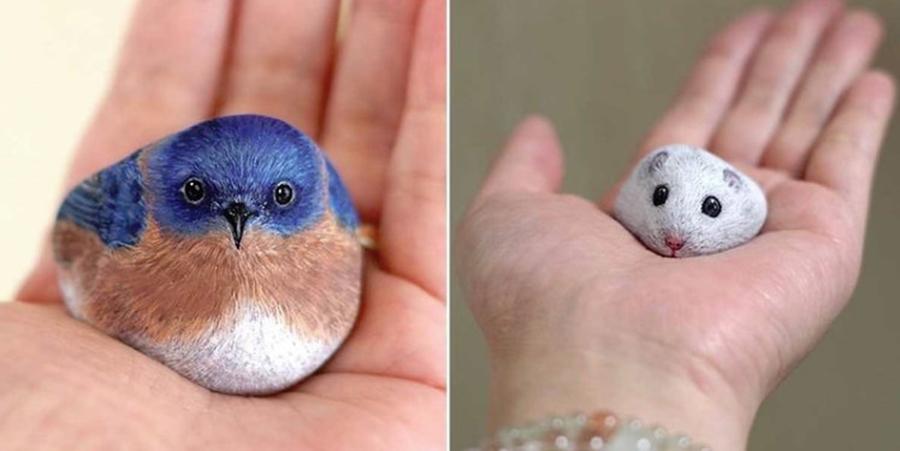 Picturi pe pietre ale unui artist japonez. Artistul transforma pietrele gasite in animale pe care le puteti tine in palma