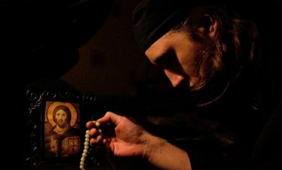"""De câte ori trebuie să zică cineva """"Doamne miluieşte-mă!"""", ca să-l miluiască Dumnezeu:"""