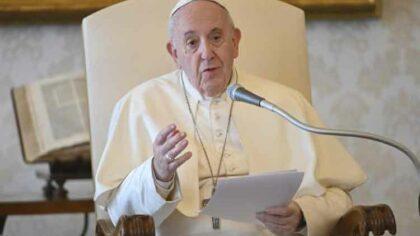 Papa Francisc priveste spre viitor:...