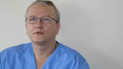 Mama medicului anti-vaccinist Razvan Constantinescu...